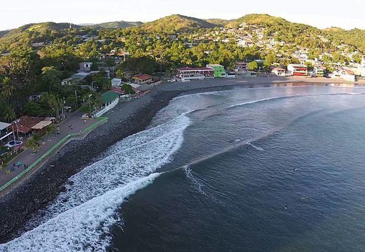 Un total de 22 pescadores fueron detenidos en el Puerto la Libertad en Honduras, por su nexos con el crimen organizado mexicano. (ytimg.com)