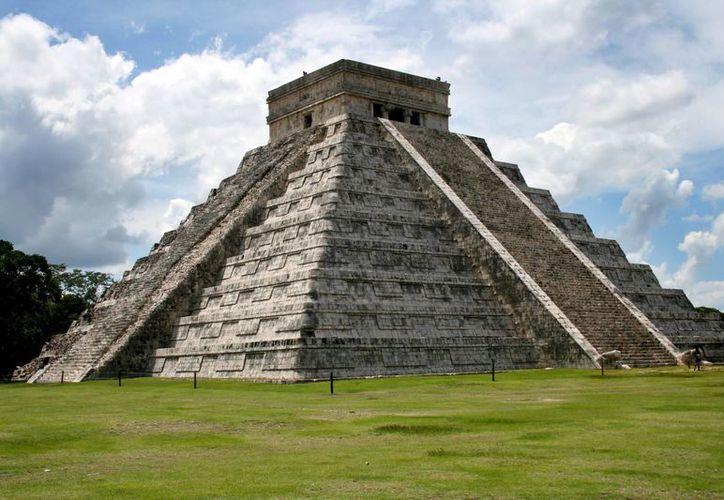 Este viernes se podrá apreciar el fenómeno en la zona arqueológica de Chichén Itzá. (Notimex)