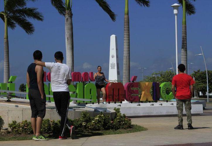 Hoteleros buscan estrategias para atraer turismo en temporada baja. (Ángel Castilla/SIPSE)