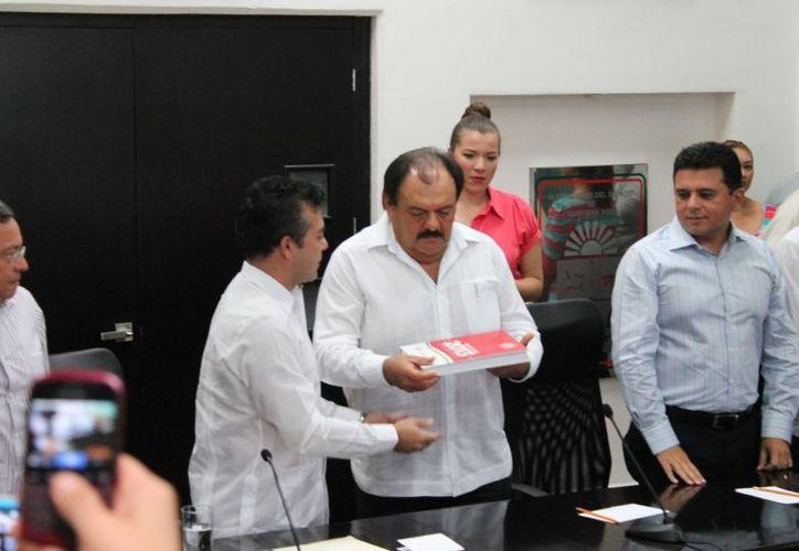 El incremento con relación del presupuesto ejercido durante el 2012 fue de alrededor de dos mil millones de pesos; no se estima la creación de nuevos impuestos o alza por el pago de derechos.  (Ernesto Neveu/SIPSE)