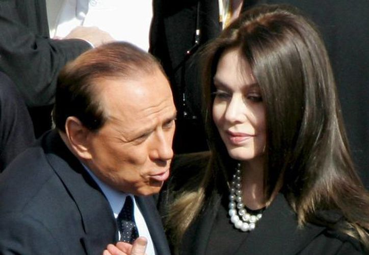El matrimonio de Berlusconi y Verónica Lario duró 19 años, tiempo en el que tuvieron tres hijos. (EFE)