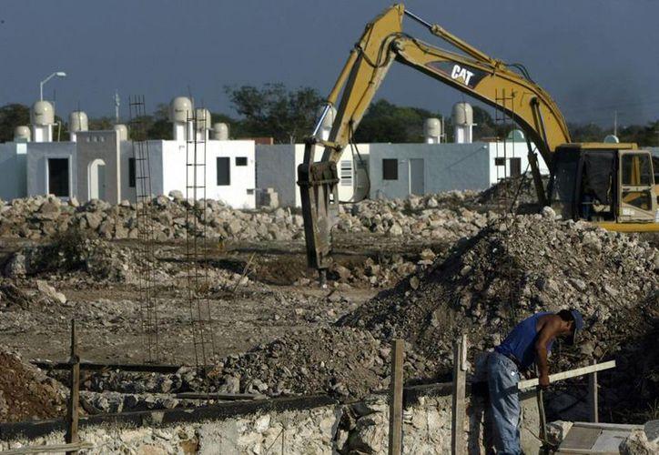 En Yucatán, se autorizaron 34 millones de pesos más para subsidios a la compra de casas-habitación. (Archivo/Milenio Novedades)