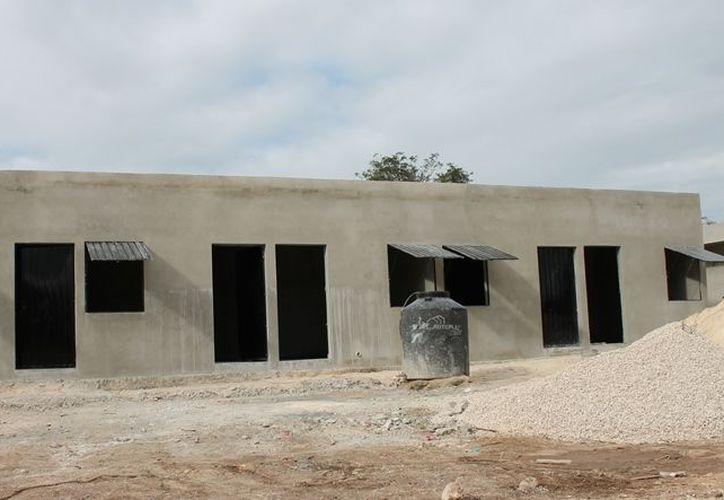 El albergue será adaptado para una decena de familias. (Edgardo Rodríguez/SIPSE)
