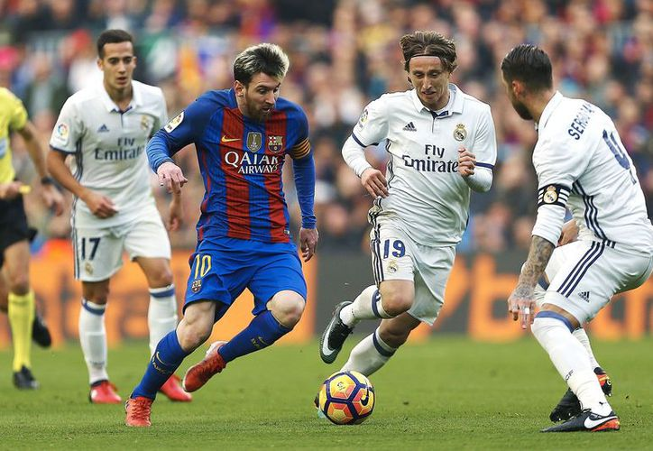 Barcelona y el Real Madrid se medirán por primera vez en la Temporada 2018-2019, en octubre próximo. (Vanguardia MX)