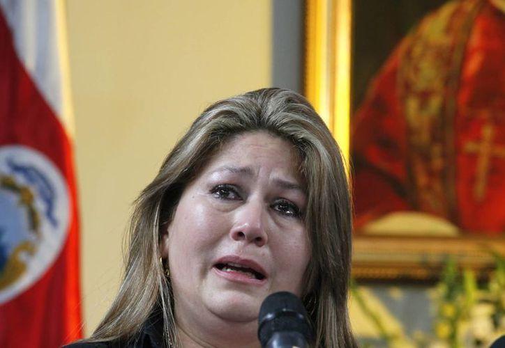 'El Señor miró a esta mujer indigna y me sanó', afirma Floribeth. (Agencias)