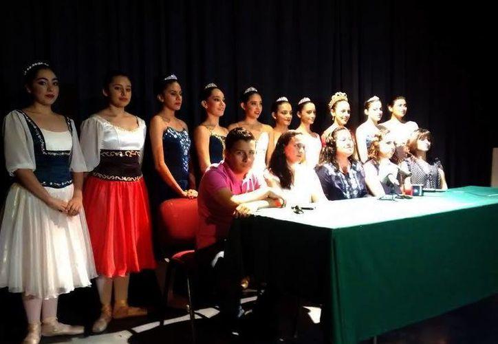 """Imagen de las alumnas de la academia de danzas """"Milne"""" que se graduarán el próximo 19 de junio. (Milenio Novedades)"""
