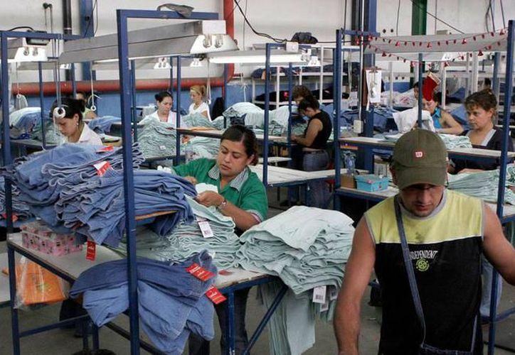 Empresas locales se han visto afectadas en su producción, tras el brote de conjuntivitis que desencadenó la inasistencia de sus empleados. (SIPSE)