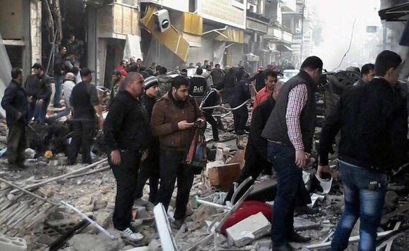 Los bombardeos en Siria afectan a diversas ciudades del país. (Argencias)