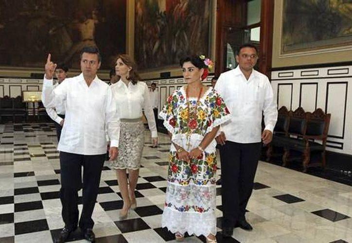 En Mérida, Enrique Peña Nieto realizó actividades fuera de la agenda oficial, en este domingo. (Imagen de archivo/ Milenio Novedades)