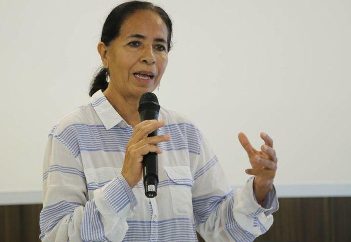 Celina Izquierdo presentó el estudio sobre encuestas en todo Cancún. (Luis Soto/SIPSE)
