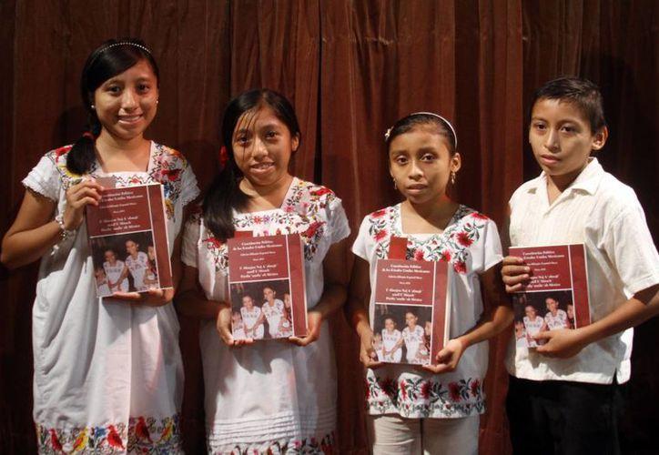 Con la traducción de la Constitución Mexicana a la lengua maya se pretende dar cumplimiento a los mandatos constitucionales de garantizar la protección de los derechos humanos entre la población mayahablante. (SIPSE)