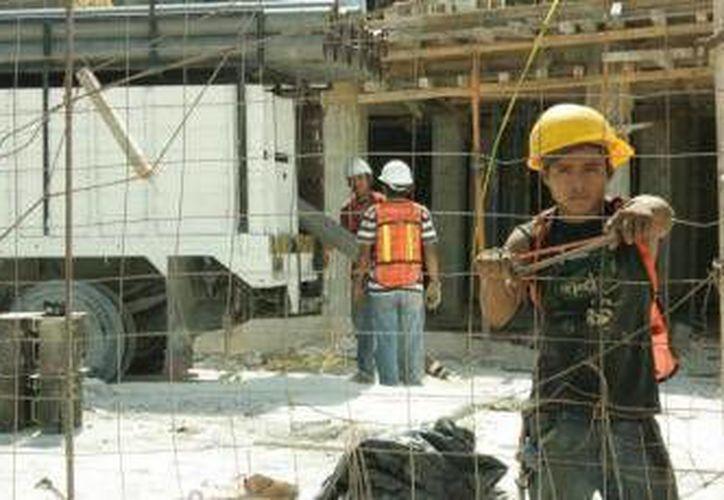 Entre los temas que discutirán los ministros de trabajo iberoamericanos, se encuentran la calidad laboral, especialmente para los jóvenes. (Redacción/SIPSE)