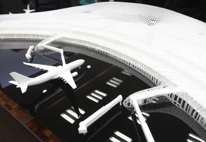 El miércoles se presentó el proyecto del nuevo Aeropuerto Internacional de la Ciudad de México, luego de varios intentos por levantar una nueva terminal aérea. (Notimex)