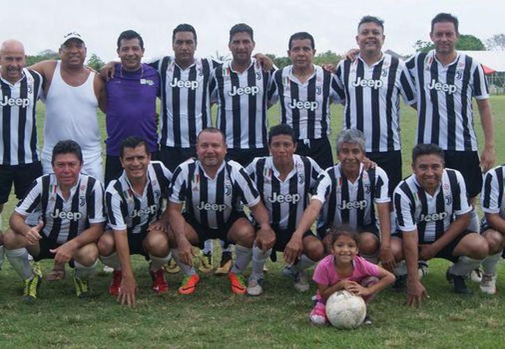Deportivo Cancún se ubica como líder por el momento. (Ángel Villegas/SIPSE)
