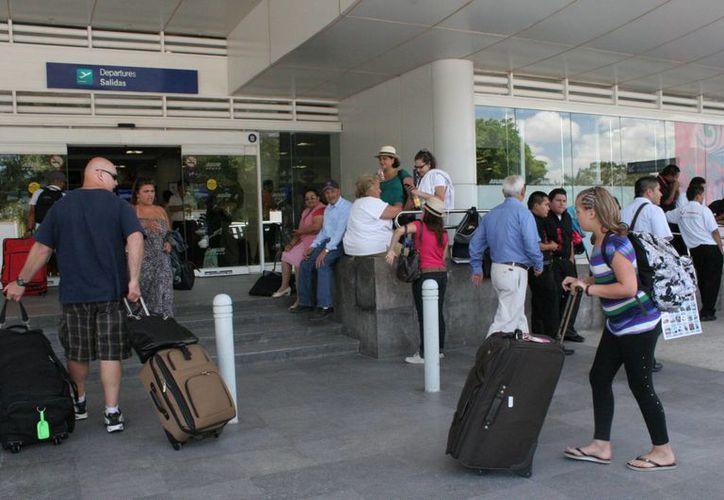La nueva base en el aeropuerto operará vuelos privados. (Israel Leal/SIPSE)