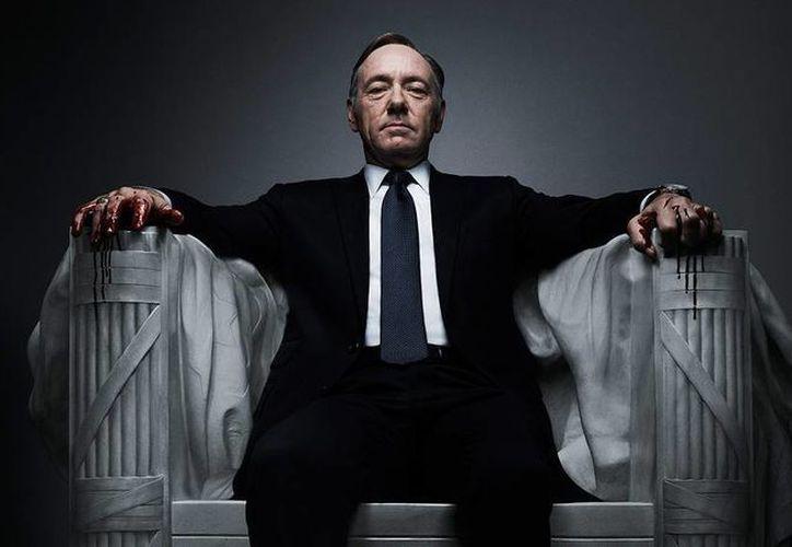A partir del primer minuto de este viernes toda la intriga que rodea al presidente 'Frank Underwood' (Kevin Spacey) regresará a la plataforma Netflix con la nueva temporada de 'House of cards'. (Imagen tomada de mundokodi.com)