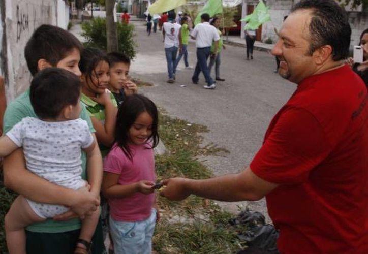 El diputado federal yucateco Francisco Torres Rivas destacó reformas a la Ley del Infonavit, del Pensionissste y la creación de leyes de Disciplina Financiera y de Transición Energética. (SIPSE)
