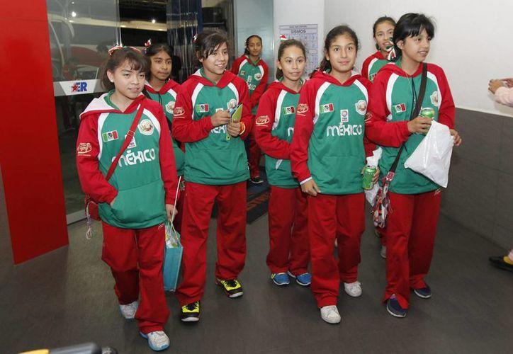 Las campeonas serán recibidas en Los Pinos por el presidente Peña Nieto. (Notimex)
