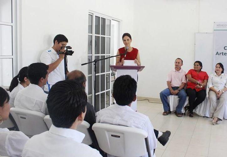"""La ceremonia de clausura fue en el Centro Comunitario de la colonia """"Adolfo López Mateos"""". (Cortesía/SIPSE)"""