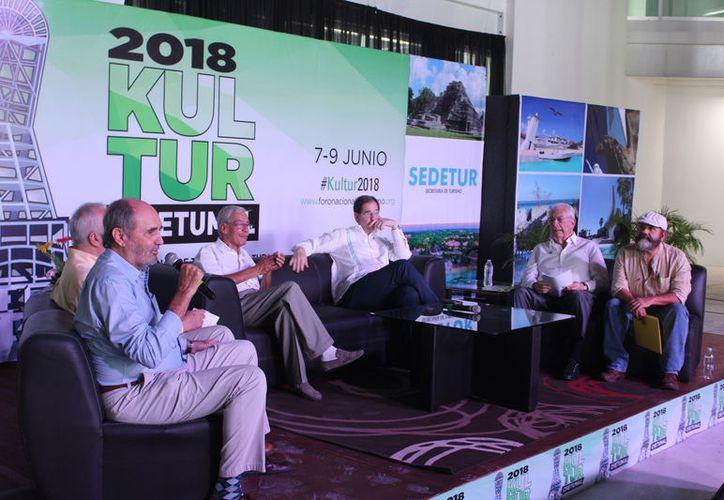 Fue la primera ocasión en que el Foro Nacional de Turismo y Cultura se realizó en una ciudad fuera del centro del país. (Joel Zamora/ SIPSE))