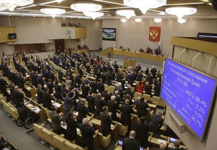 La ley avalada en primera instancia por el Parlamento ruso pretende proteger la opinión pública por la crisis en Ucrania. (info7.mx)