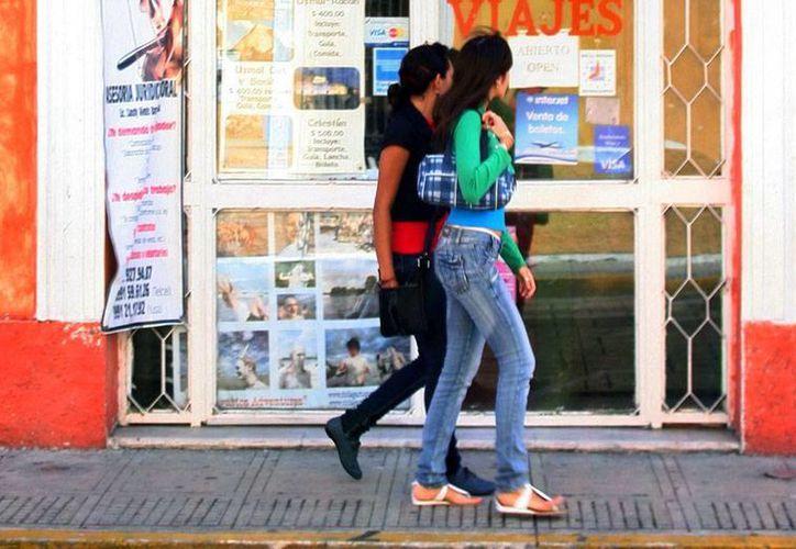 Los agentes de viaje de Yucatán piden a ciudadanos tener cuidado con las agencias que contratan, pues se han detectado unos 200 negocios que operan irregularmente. La imagen es únicamente de contexto. (Milenio Novedades)