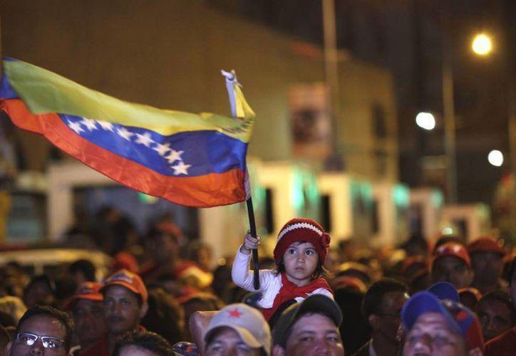 Venezuela se encuentra en incertidumbre política tras la muerte de Hugo Chávez. (Agencias)