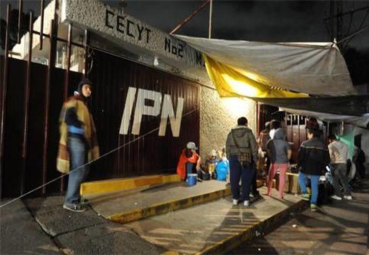 En imagen, una de las vocacionales del IPN. Los alumnos ya entregaron 15 de los 19 centros educativos de nivel medio superior que se mantenían en huelga. (contexto/ razon.com)