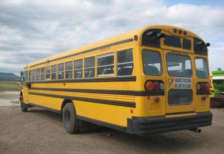 El servicio de transporte sería para estudiantes de escuelas públicas y privadas. (www.atotonilcoelalto.olx.com/Contexto)