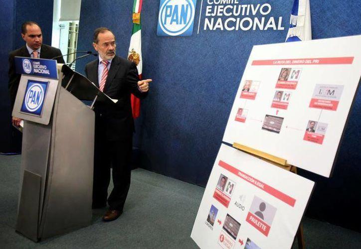 Gustavo Madero denunció desvíos de recursos públicos para la campaña de la priista Claudia Pavlovich. (Facebook/PAN)