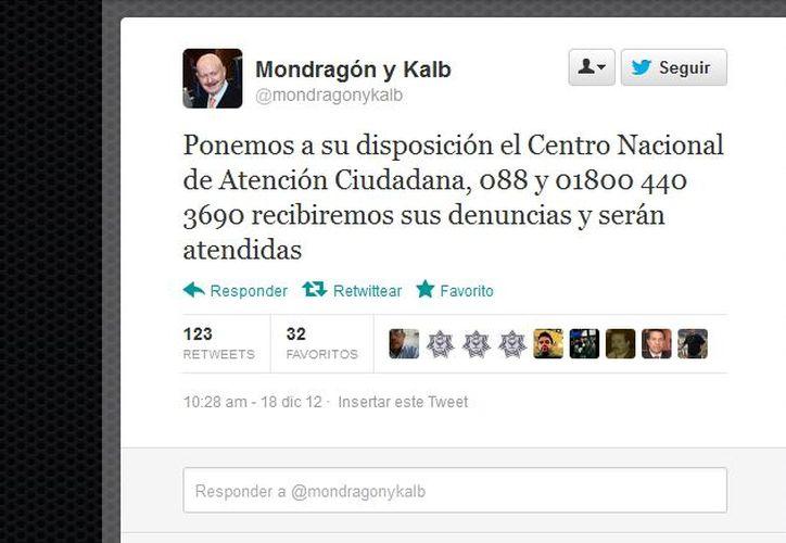 El funcionario anunció en Twitter los nuevos números de emergencia. (@mondragonykalb/Twitter.com)