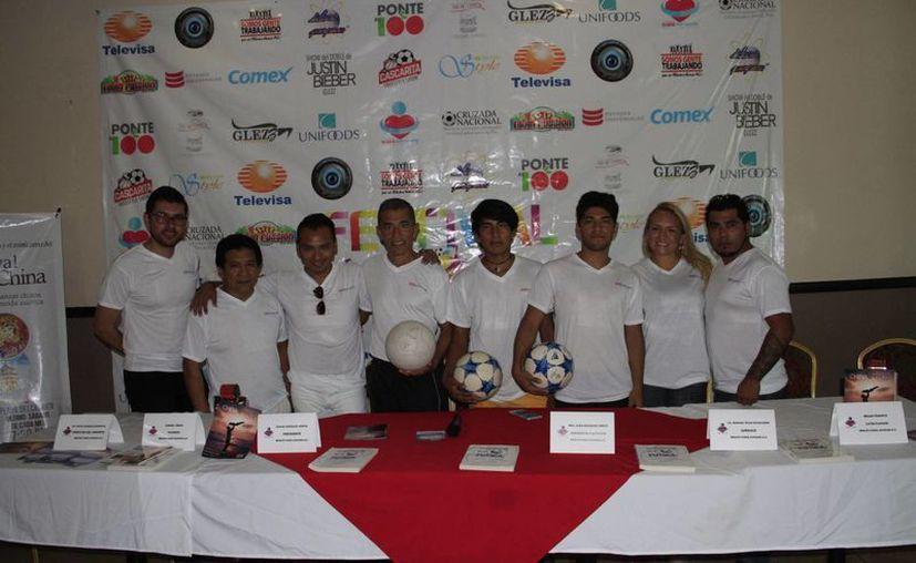 Los integrantes de la asociación promueven el proyecto. (Tomás Álvarez/SIPSE)