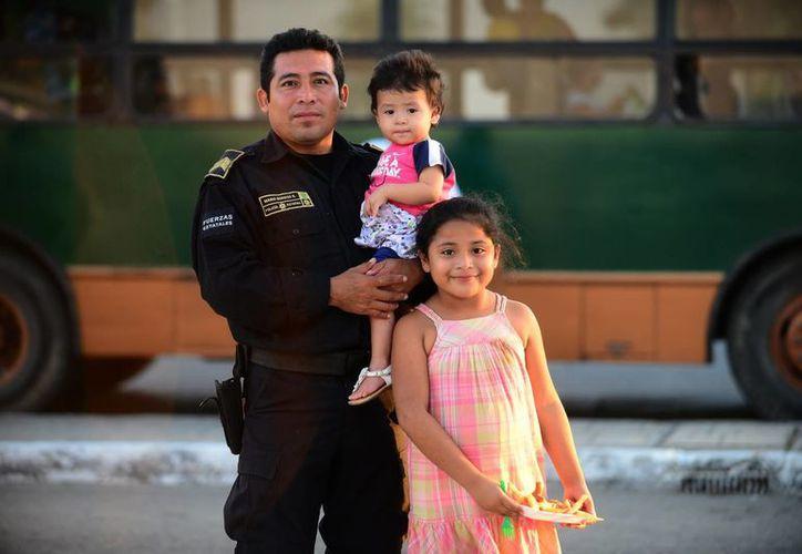 Para que los policías obtengan un microcrédito deben presentar un historial crediticio limpio. (Luis Pérez/SIPSE)