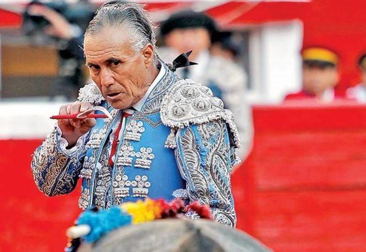 Rodolfo Rodríguez El Pana es una figura en el mundo taurino, más allá de su talento con el capote es su forma de vivir la que lo ha hecho leyenda. (Archivo/ Excelsior)