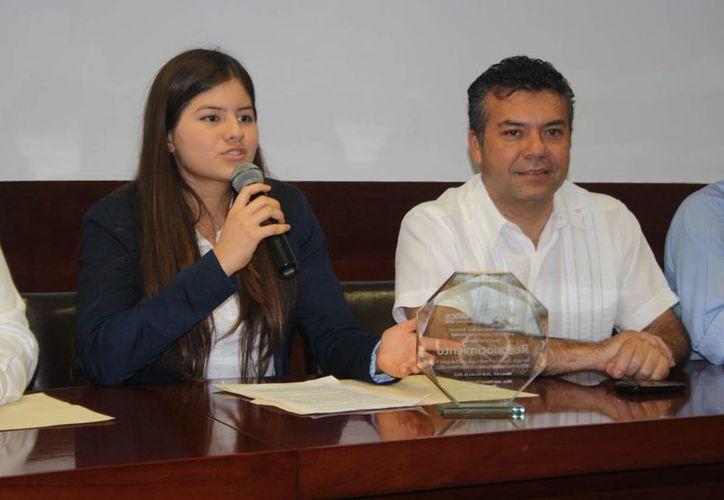 La joven obtuvo el primer lugar a nivel nacional en la convocatoria de la Secretaría de Desarrollo Social. (Loana Segovia/SIPSE)
