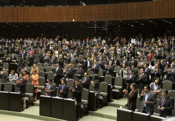 Las iniciativas se presentarán ante el pleno del Congreso de la Unión. (Notimex)