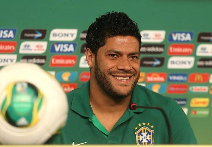 El delantero brasileño Hulk.dice que no espera un México defensivo. (Agencias)