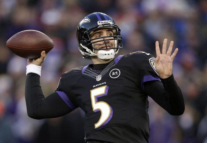 Flacco, primer quarterback en la historia de la NFL que lleva a su equipo, Ravens de Baltimore, a los playoffs en sus primeras cinco temporadas. (Agencias)