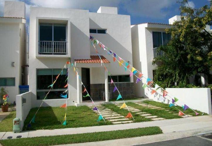 De acuerdo con las estadísticas, el metro cuadrado de las viviendas en Cancún se vende en los 12 mil 198 pesos. (Contexto/Internet)