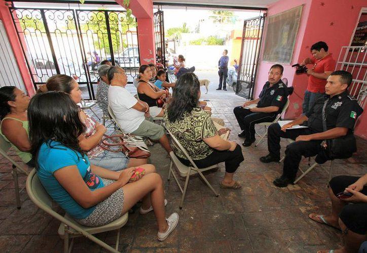Se realizó una reunión en una casa particular de la colonia 10 de Abril. (Cortesía/SIPSE)