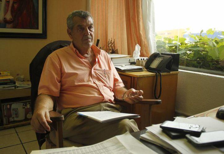 El Gobernador del Estado, Roberto Borge Angulo, expresó sus condolencias; la foto fue tomada el 25 de septiembre. (Sergio Orozco/SIPSE)