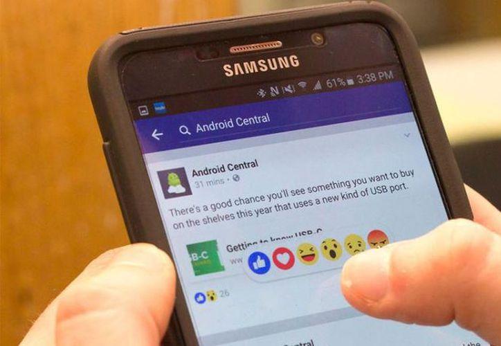 Como muchas de las reacciones nuevas en Facebook, estas tardan en aparecen en el perfil de cada persona. (Contexto/Internet).