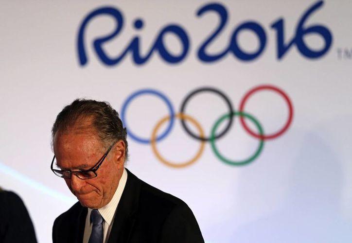 A menos de 100 días, los problemas que Río de Janeiro carga parecen una traba para realizar unos Juegos Olímpicos de calidad. En imagen, Carlos Arthur Nuzman, presidente del Comité Organizador de los Juegos Olímpicos Río 2016. (AP)