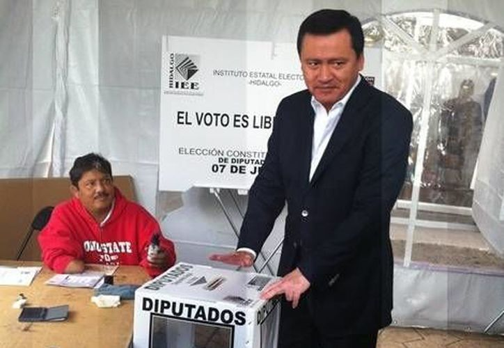 No se sabe todavía cuántas de las amenazas y crímenes de candidatos fueron obra de cárteles de la droga: Osorio Chong. (Milenio)
