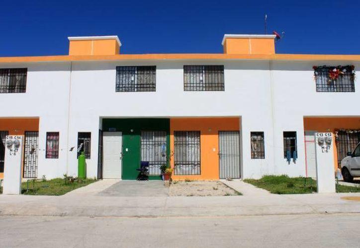 Durante la administración de Roberto Borge Angulo se han otorgado más de 12 mil 200 títulos de propiedad. (Foto de Contexto/SIPSE)