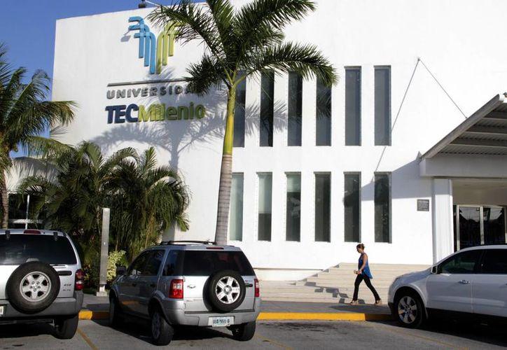 El bazar se realizará en el campo de fútbol de la Universidad TecMilenio. (Tomás Álvarez/SIPSE)