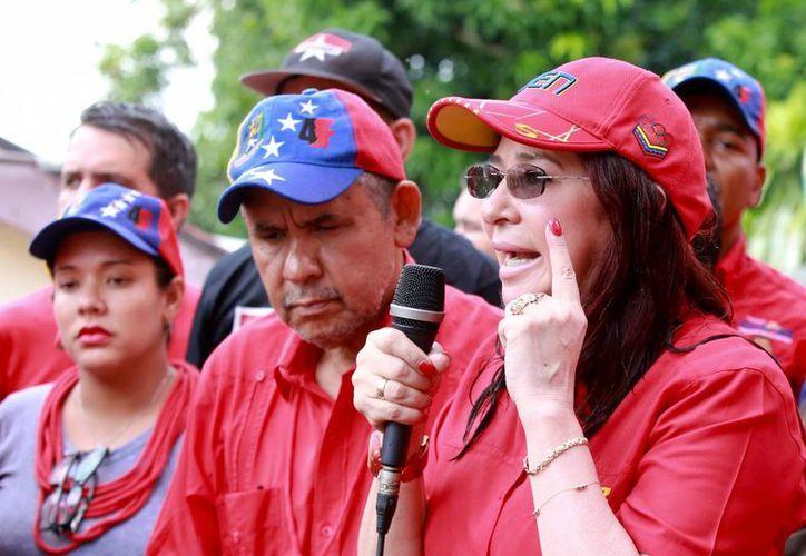 Cilia Flores, esposa de Nicolás Maduro, competirá en las elecciones de diciembre próximo por un lugar en el Parlamento de Venezuela. (EFE)