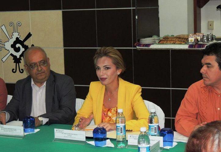 Sara Latife Ruiz Chávez, también se desempeña como presidenta de la Junta Directiva de la Unicaribe. (Redacción/SIPSE)