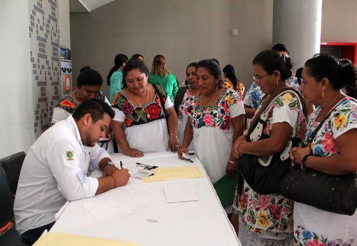 Más de 200 mil yucatecos reciben apoyos de programas federales. (Milenio Novedades)