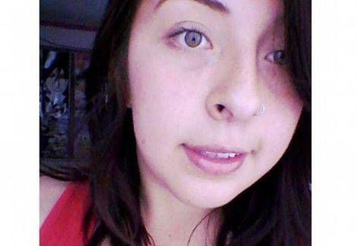 Angélica López fue detenida el 31 de diciembre de 2014 por supuestamente transportar tres kilos de cocaína en su maleta. Ella insiste en que le sembraron la droga. (Facebook: Angélica López)